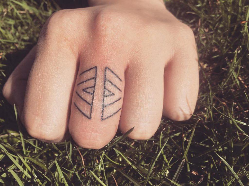 Ornamentations (Tattoo)